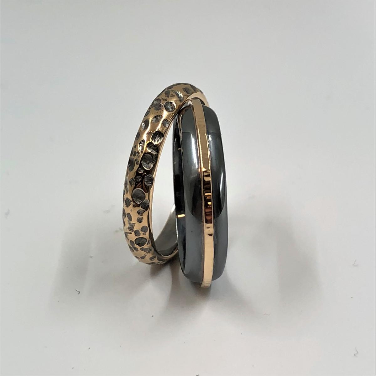 Silverringar, svarta ringar, herringar