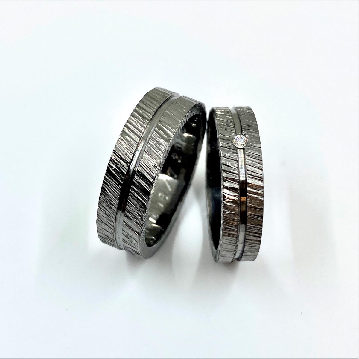 Silverringar, förlovningsringar, svarta ringar