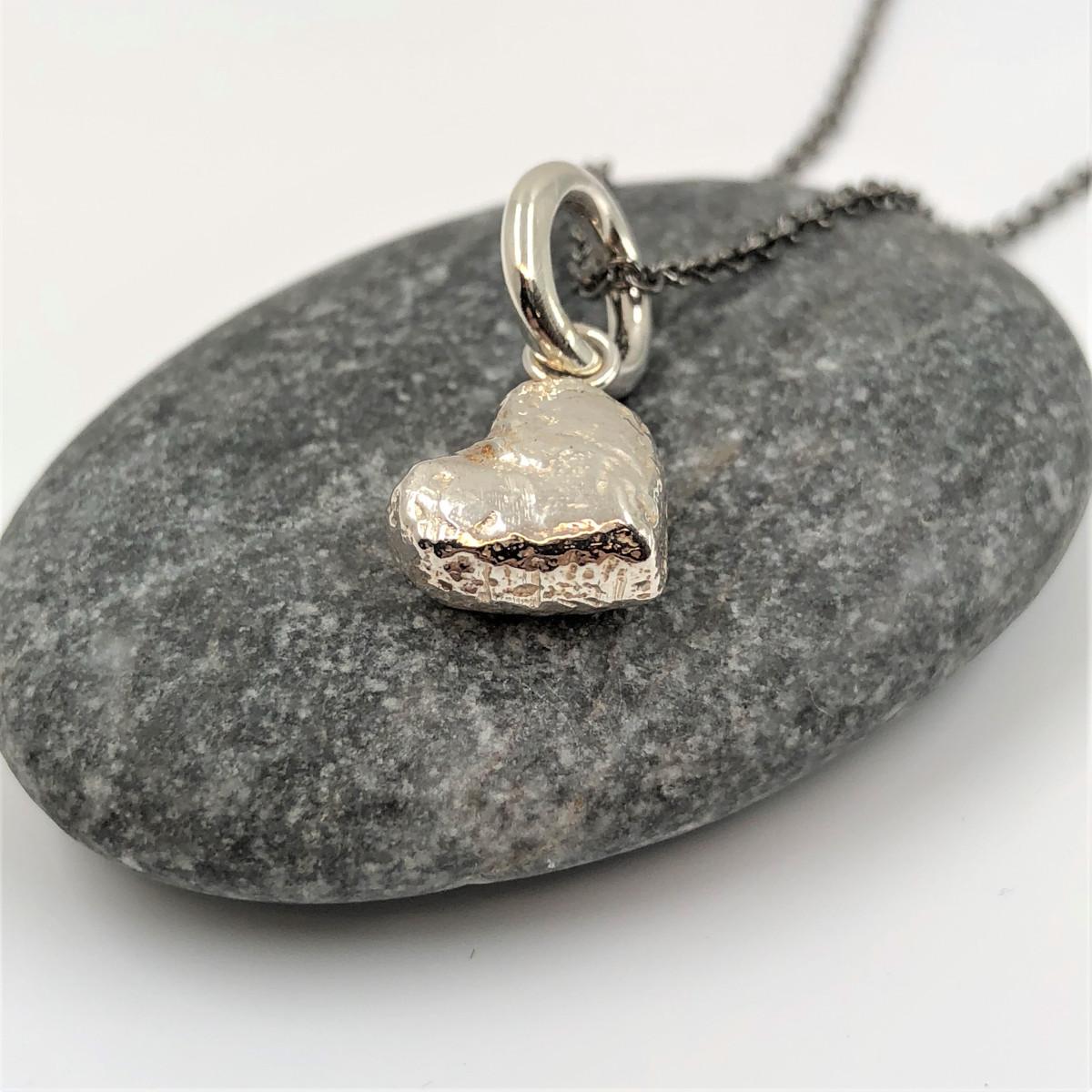 Silverhjärta, silverhänge, hängsmycke