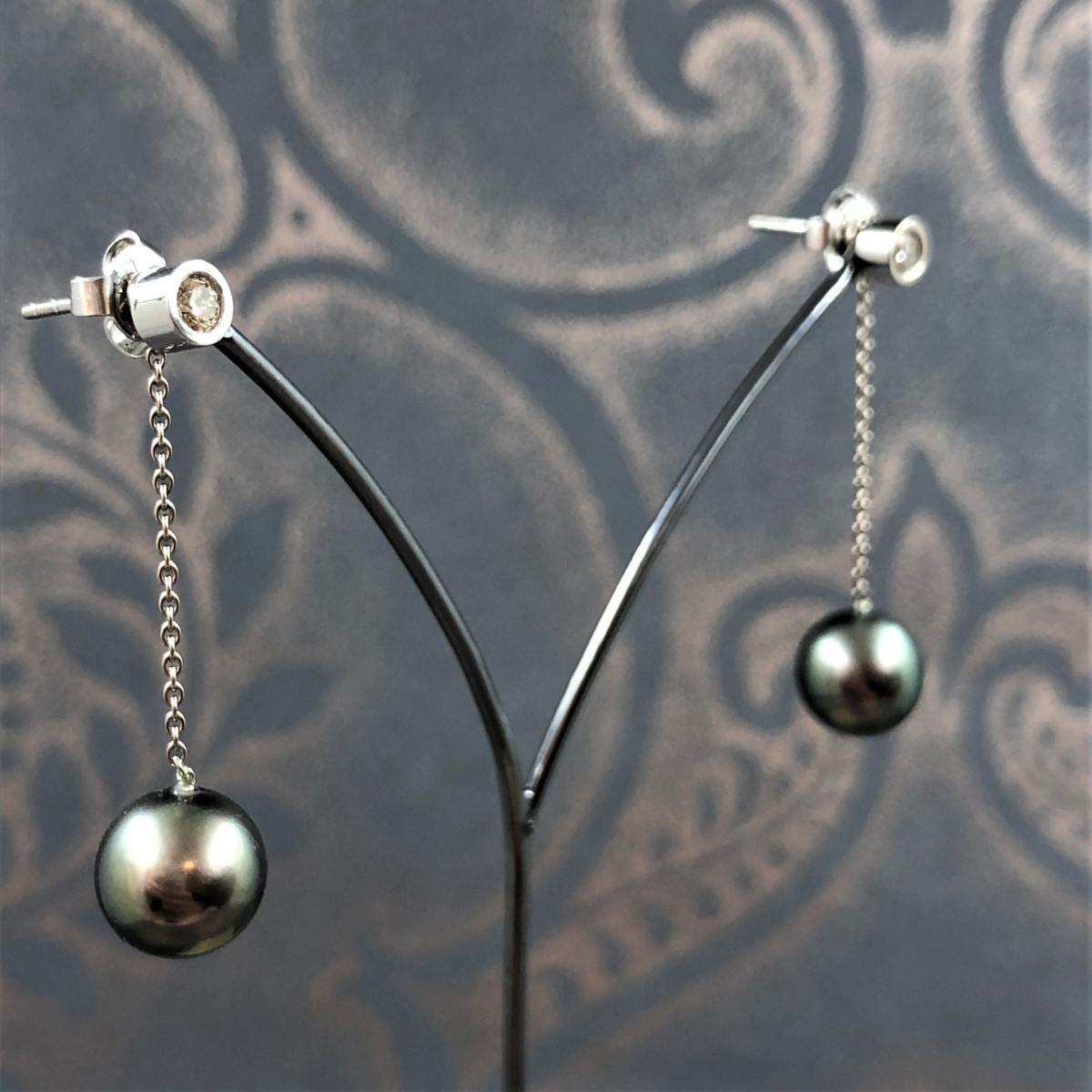 Örhängen, tahaitipärlor, diamantörhängen
